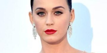 fcdfc KATY PERRY EDITED 1 e1565172187501 360x180 - Katy Perry Will Release Her Own Shoe Line