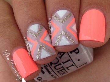 baa8f cb2ff6fbab883a4c20374e825df8b5fd 360x270 - 15 Coral Nail Designs To Draw Inspiration From