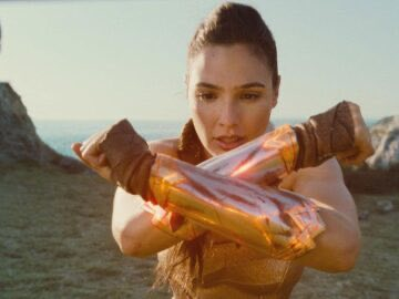 69e7d wonder woman 360x270 - Wonder Woman And The Top Grossing Films Directed By A Woman